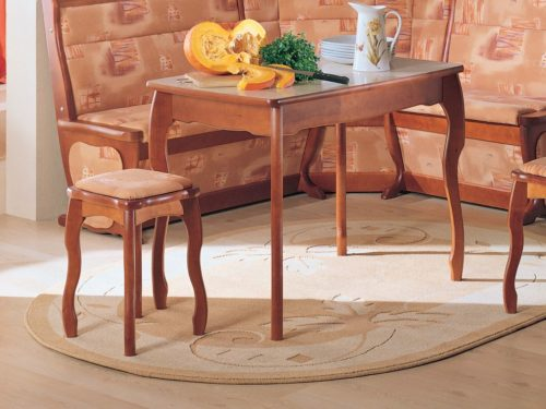 Стол обеденный с фигурной ножкой, нераскладной